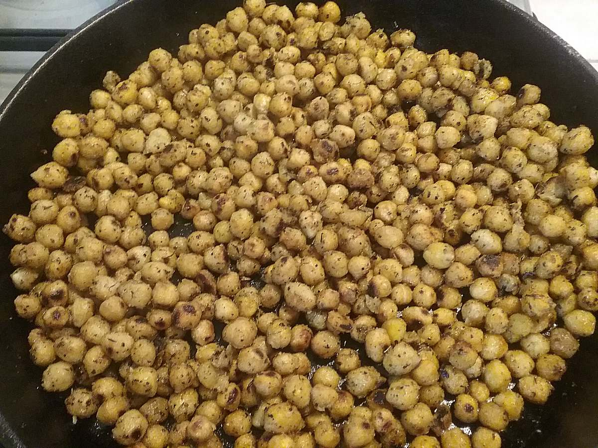 Crispy Herbed Chick Peas - The Inspiration Cloud
