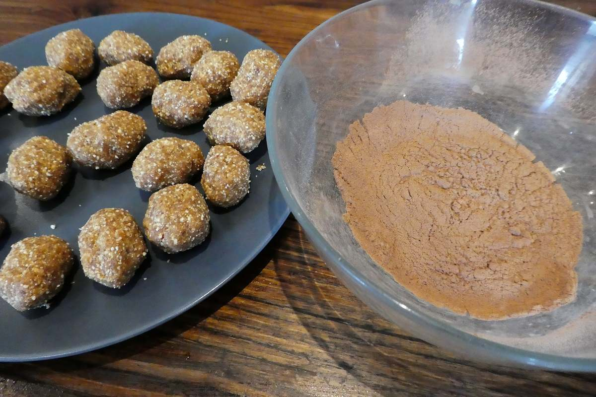 Peanut And Raw Cacao Truffles